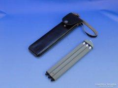 0C436 Régi fényképezőgép állvány bőr tokban