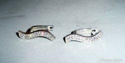"""""""S"""" alakú ezüst fülbevaló szikrázó kövekkel 2,4cm hosszú"""