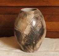 Iparművész modern   pécsvörk technikára  emlékeztető  váza