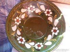 Zöld fali tányér