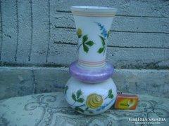 Antik, kézzel festett domború mintás üveg váza - sérült