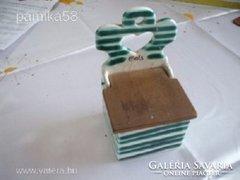 Retro falra akasztható kerámia számozott sótartó eladó!