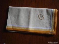 1156. G monogramos hímzett zsebkendő