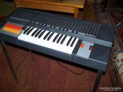 Antonelli Golden elektromos orgona