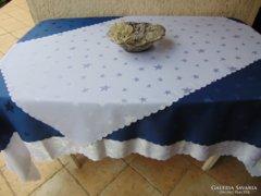 Elegáns ünnepi asztalterítő szett