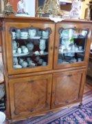 Neobarokk vitrines tálaló szekrény