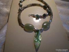 Abalone gyöngyházas , AVENTURINOS zöld nyakék