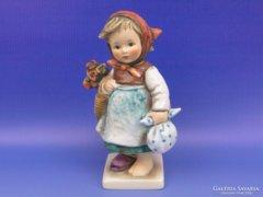 0D007 Régi Hummel virágos kislány TMK 6