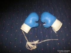 Mini boxkesztyűk  bőrből
