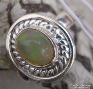 925 ezüst gyűrű, 18,1/56,8 mm etióp opál