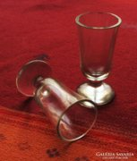 Antik üvegpohár 2 db, nem egyforma, gyűjtőknek