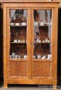 0C775 Antik biedermeier intarziás könyvszekrény