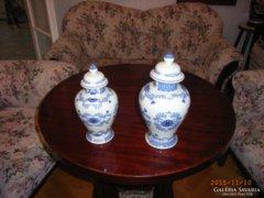 Fedeles porcelán váza, párban.