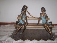 KUTAS LÁSZLÓ - MISKOLCI LÁNYOK - bronz,33x 48x 32cm magas sz