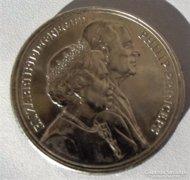 1947/1997 QUEEN ELIZABETH 5 font