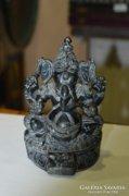 Indonéz faragott kő figura