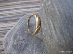 Női aranygyűrű kis kővel, 52-es méret, 14 karátos