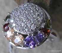 925 ezüst gyűrű, 18,6/58,4 mm,több féle drágakővel
