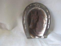 Patkó-Ló motívumos díszítésű hamutartó 11 x 9 cm.