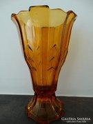 Art Deco üvegváza borostyán színben