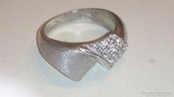Ezüst cirkonköves gyűrű