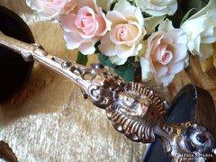 Virágtartó állvány ,asztalka
