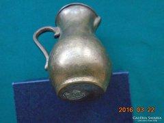 Bronz ,címkés,kézzel készült díszkancsó GILDE HANDWERK -9cm ,412 g