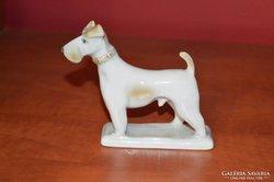 Zsolnay kutya figura