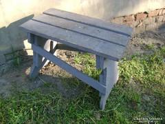 Régi fenyő kis asztalka vagy nagyobb sámli