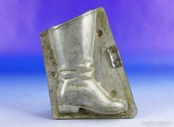 0F295 Antik csizma alakú csokiöntő forma