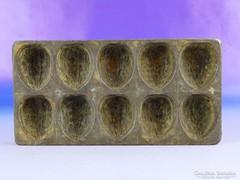 0F324 Antik dió alakú csokiöntő forma