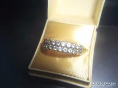 14K fehérarany gyűrű cirkonokkal