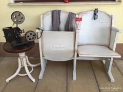 Provence bútor, fehér antikolt 2személyes mozi szék.