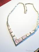 Elegáns gyöngyház ezüst nyakék