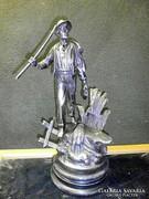S17 Arató legény szobor kancsóval,bokállyal