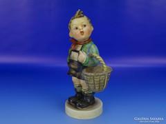 0D864 Antik nagyméretű Hummel kosaras kisfiú 19 cm
