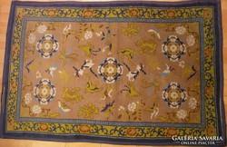 G149 Régi szőnyeg 125 x 193 cm