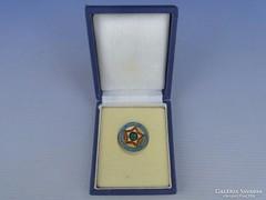 0G045 Önkéntes rendőri szocreál kitűző dobozában