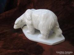Zsolnay terrakotta körpecsétes jegesmedve szobor