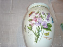 Csodaszép  váza  BOTANIK GARDEN    24 cm magas