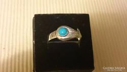 Ezüst gyűrű kis kék kővel (22.5 mm)
