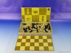 0G925 Retro fa sakk dáma malom készlet dobozában
