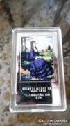 Szinyei M. Pál: Lilaruhás nő c. festménye ezüstözött érme