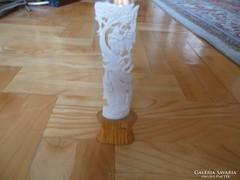 Antik kultikus vallási csont dísztárgy 2