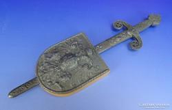 0B001 Régi Habsburg címeres dísz kard és pajzs