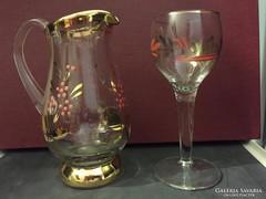 Díszes üveg kínáló készlet