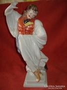 Herendi  porcelán táncoló betyár figura