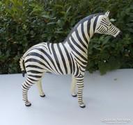 Csodálatosan szép kézzel faragott fa zebra  45 cm x 45 cm