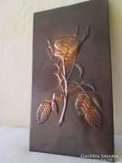 Élethű rózsa falidísz bronzból vagy rézből készült
