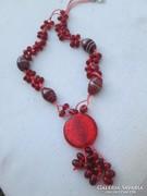 Csodálatos nyaklánc rubinból és muránói üvegből kézzel készí